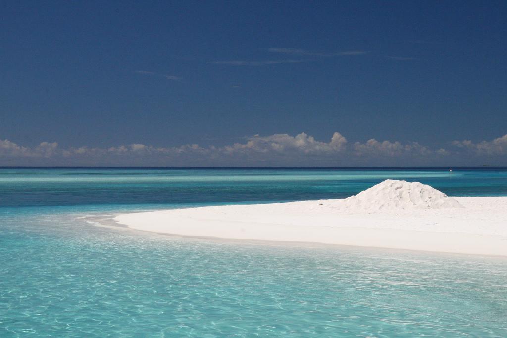 Пляж острова Сан Айлэнд на Мальдивских островах, фото 6