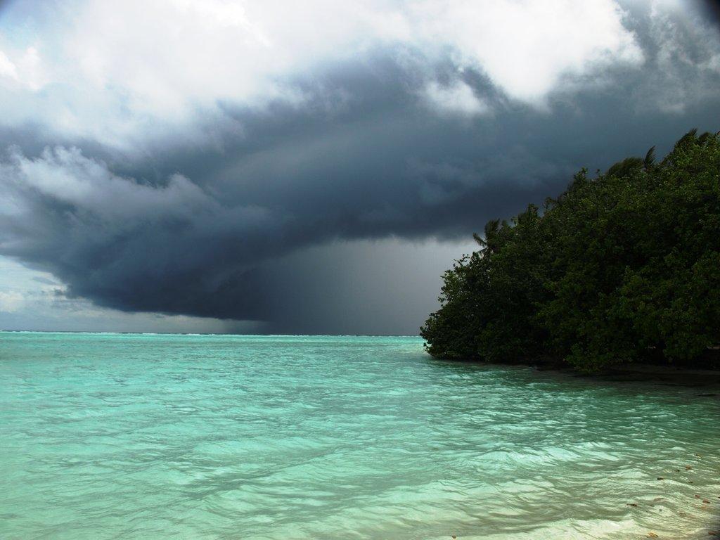 Пляж острова Сан Айлэнд на Мальдивских островах, фото 7