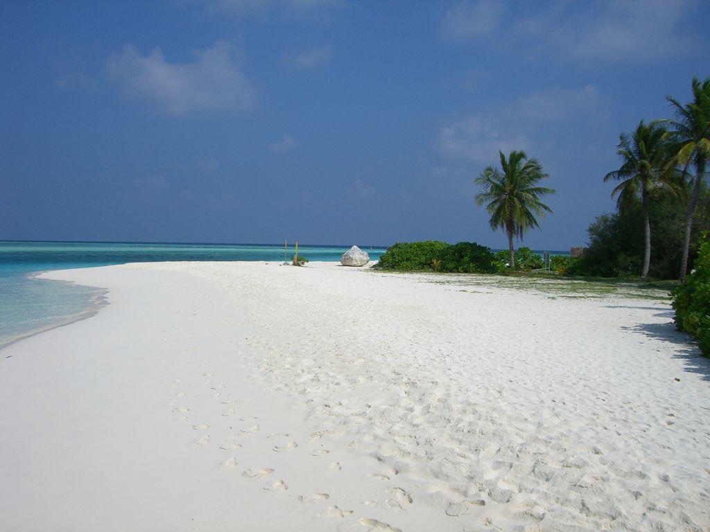 Пляж острова Сан Айлэнд на Мальдивских островах, фото 9