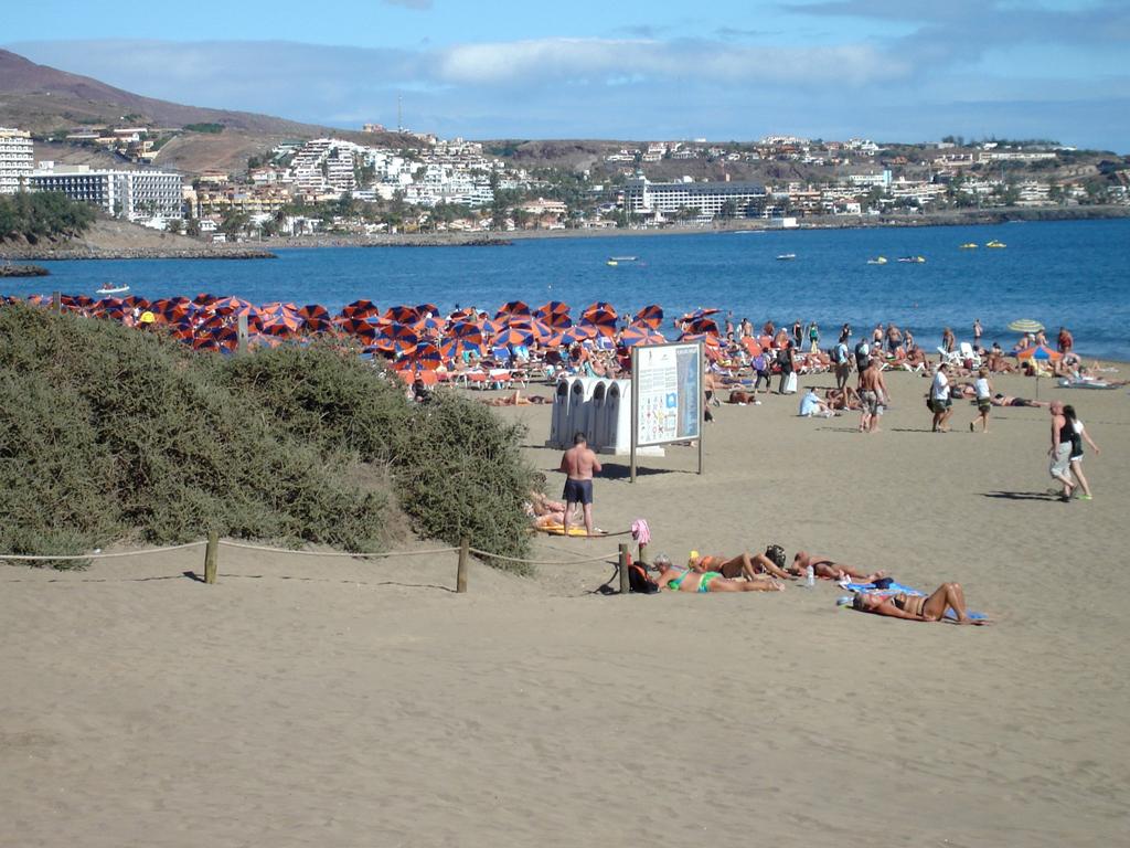 Пляж Плайя-дель-Инглес в Испании, фото 1