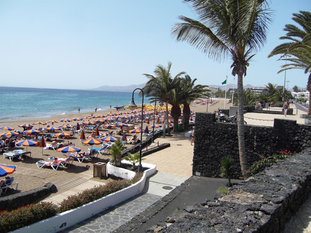 Пляж Пуэрто-дель-Кармен в Испании, фото 1