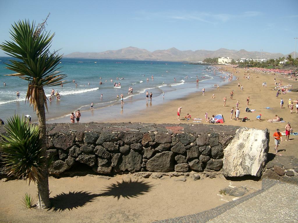 Пляж Пуэрто-дель-Кармен в Испании, фото 2