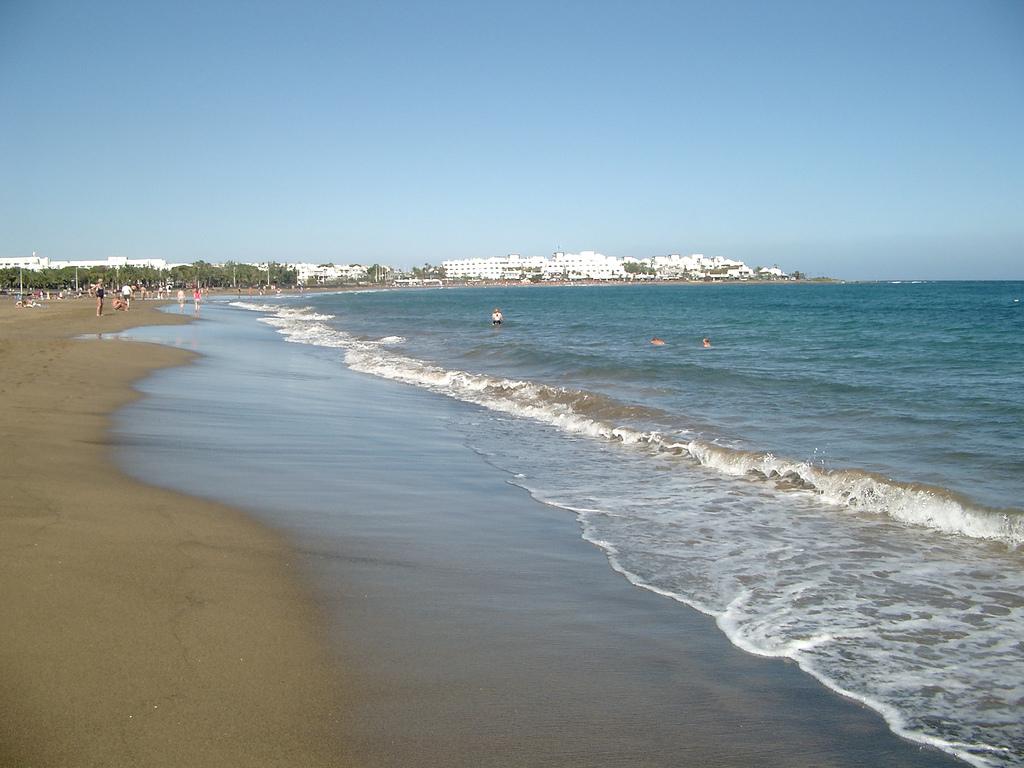 Пляж Пуэрто-дель-Кармен в Испании, фото 3