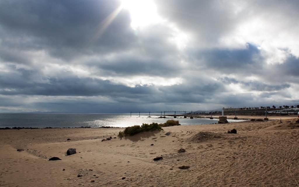 Пляж Пуэрто-дель-Кармен в Испании, фото 5