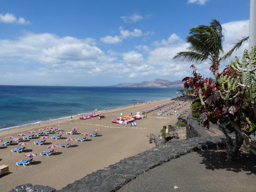 Пляж Пуэрто-дель-Кармен в Испании, фото 9