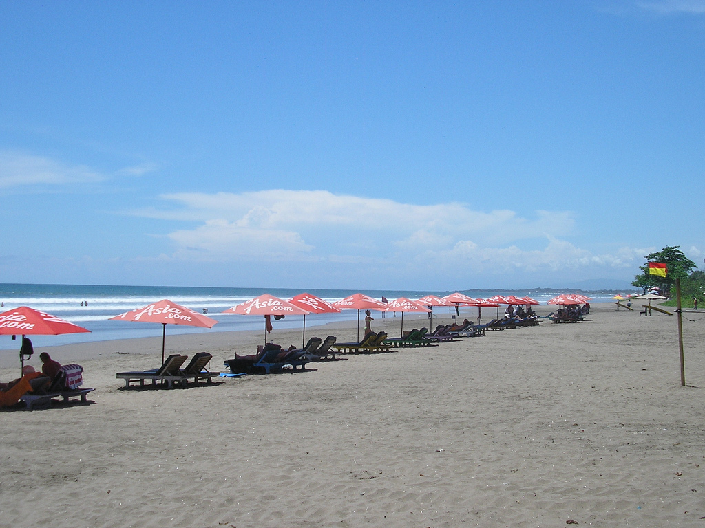 Пляж Семиньяк в Индонезии, фото 2