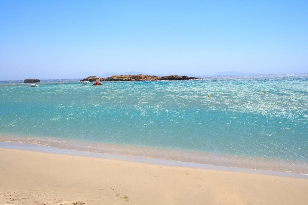 Пляж Манганари в Греции, фото 2