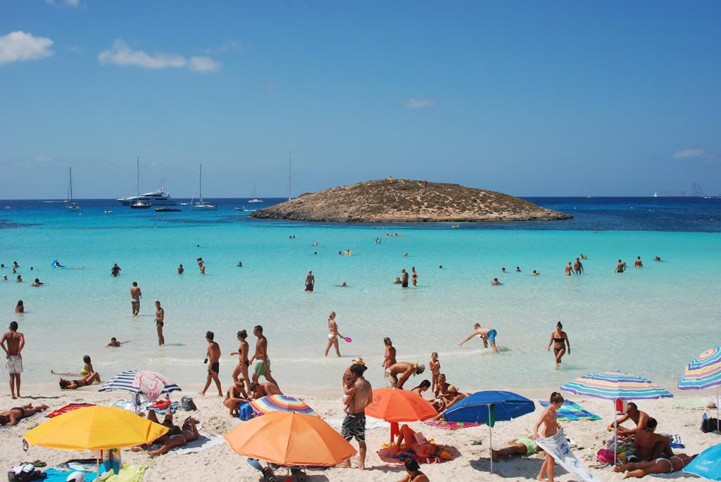 Пляж Сес Ильетас в Испании, фото 5
