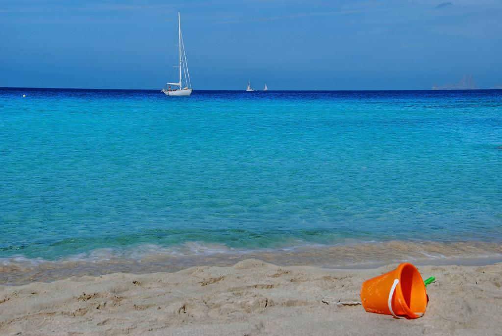 Пляж Сес Ильетас в Испании, фото 10