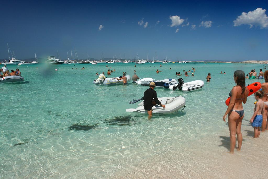 Пляж Сес Ильетас в Испании, фото 11