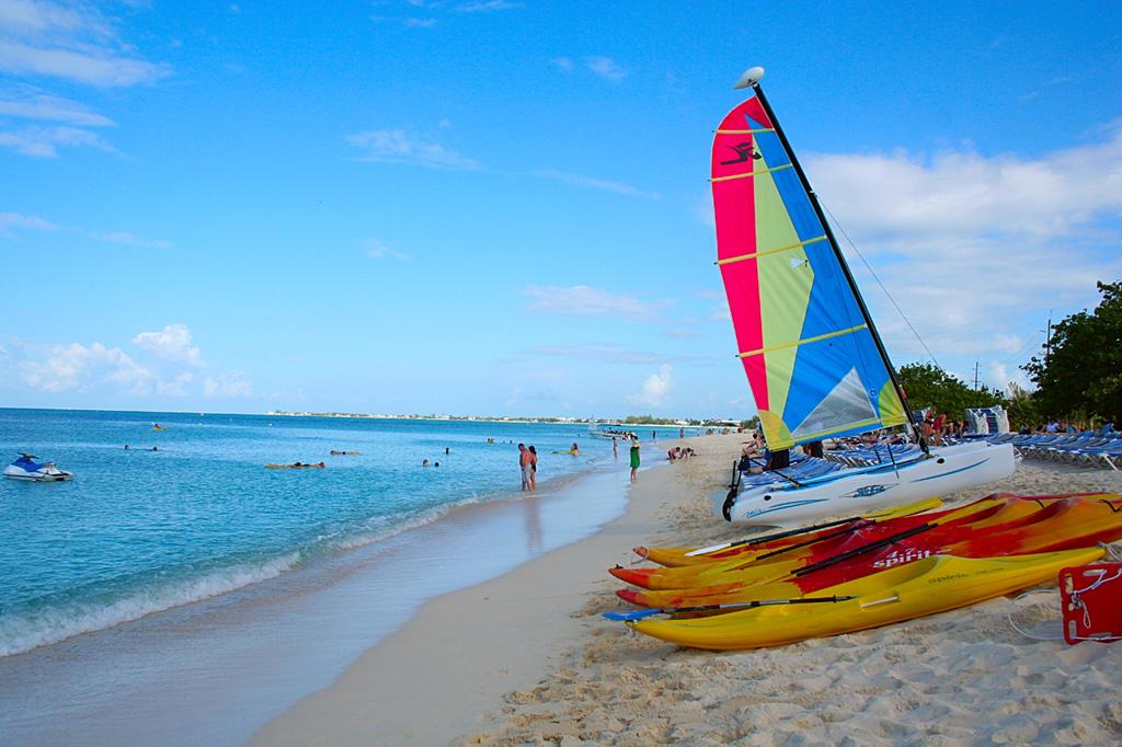 Пляж Севен Майл на Каймановых островах, фото 4