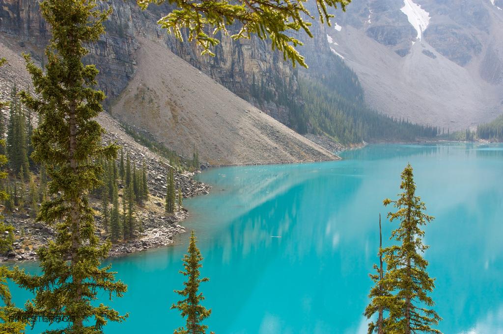 Озеро Морейн в Канаде, фото 10