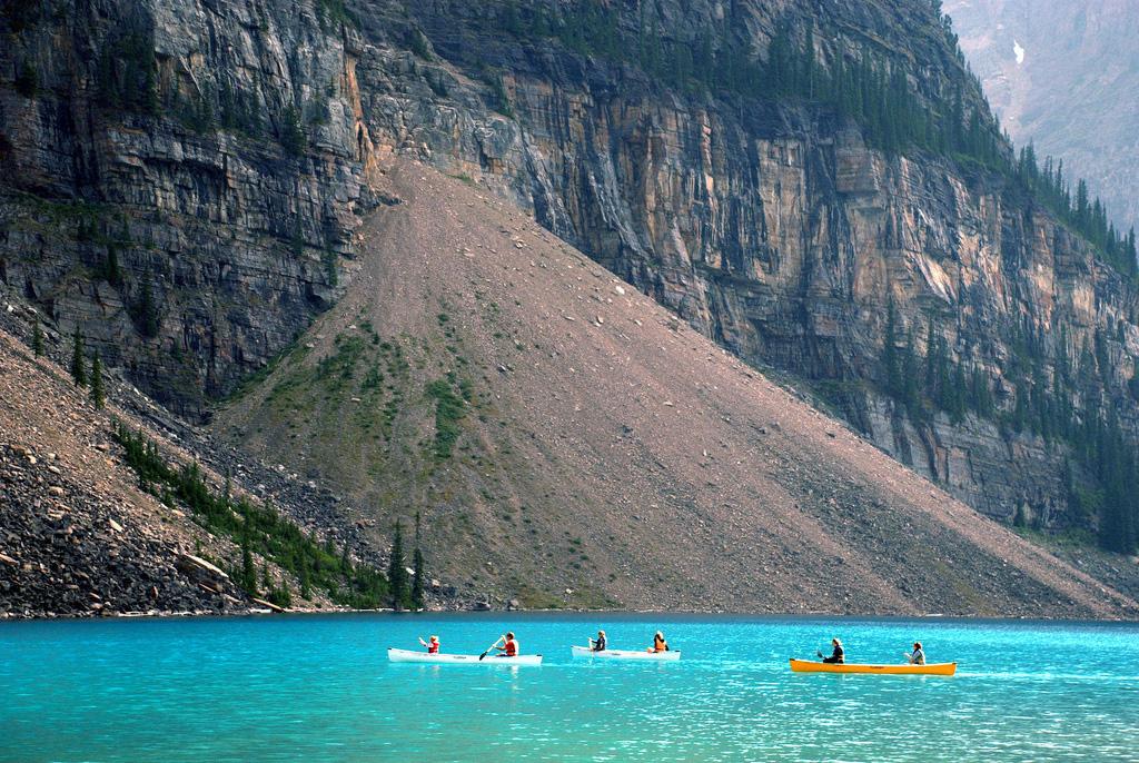 Озеро Морейн в Канаде, фото 12