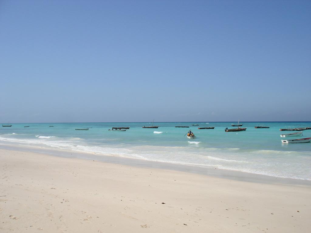 Пляж Кизимкази в Занзибаре, фото 2