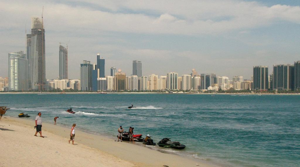 Пляж Абу-Даби в ОАЭ, фото 1