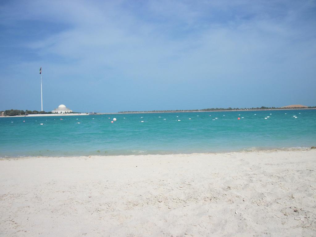 Пляж Абу-Даби в ОАЭ, фото 5