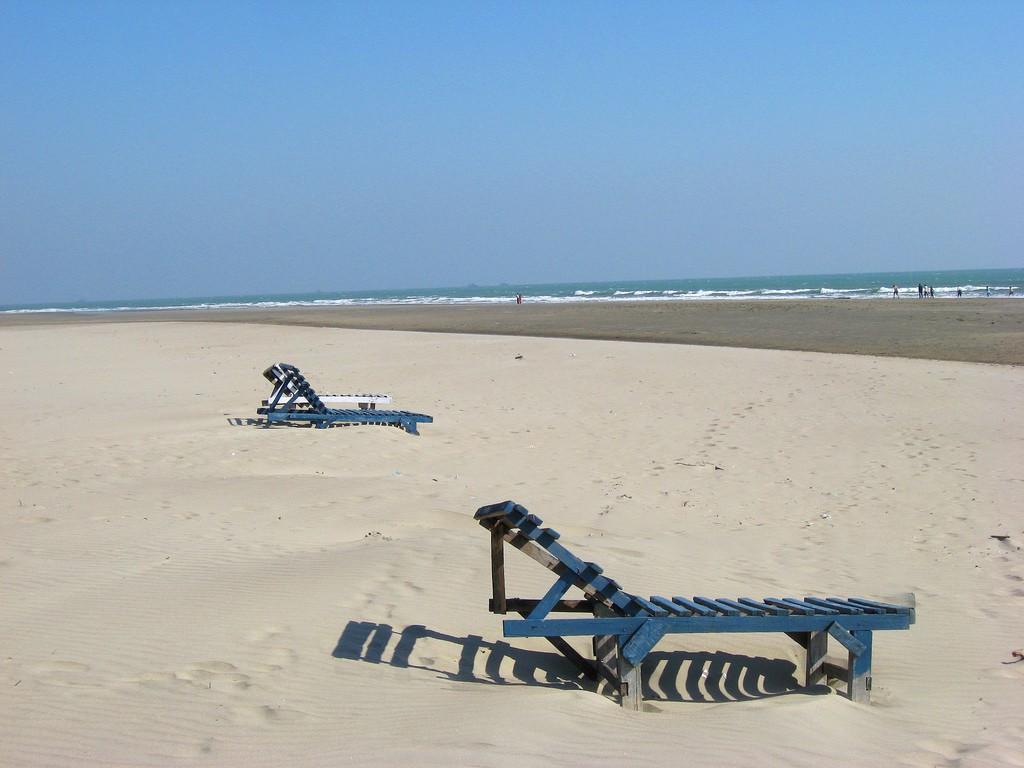 Самый длинный пляж в мире - Пляж Кокс-Базар в Бангладеше, фото 1